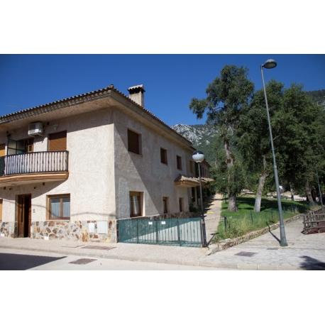 Apartamentos Los Robles 2 Personas